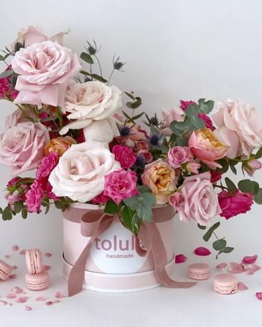 Bombonera de flores naturales