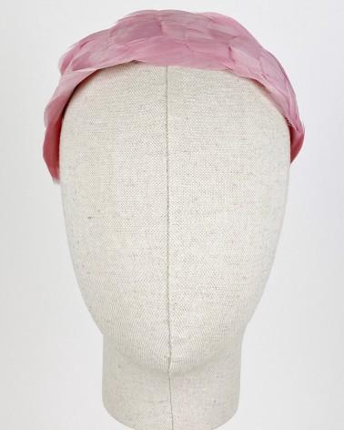 diadema de plumas rosa