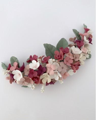 Tocado de flores de porcelana
