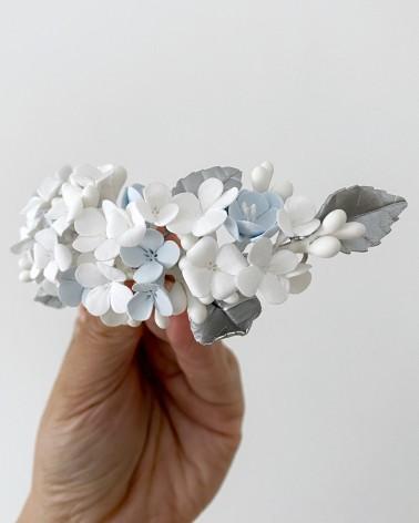 Tocado largo de flores azules de porcelana